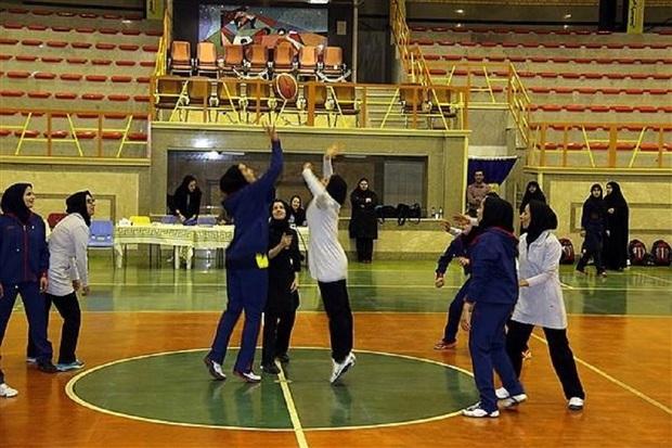 مسابقات بسکتبال سه نفره قهرمانی گیلان جام فجر برگزار شد