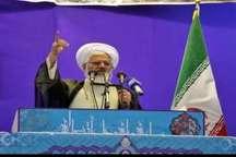امام جمعه زنجان: انقلاب اسلامی پرتویی از فرهنگ عاشورایی است