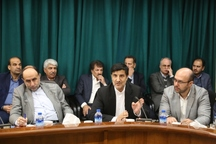 نماینده مجلس: نیمه خالی لیوان استان هم دیده شود