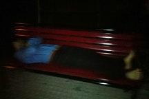تعدادی از دانشجویان دانشگاه خوارزمی در خیابان خوابیدند!/ توضیحات دانشگاه خوارزمی/ پاسخ دانشجویان معترض