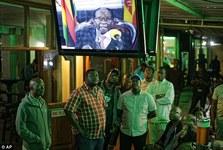 چرا موگابه استعفا نداد؟/ زیمبابوه به کدام سمت می رود؟