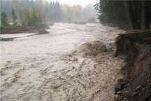 هشدار آب منطقه ای، گردشگران در حاشیه رودخانه ها توقف نکنند