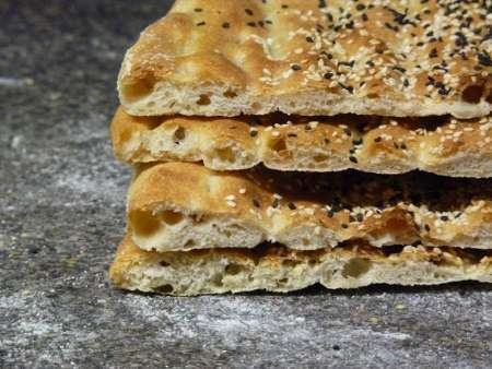 نان نانوایی ها در بیله سوار از گندم خود منطقه تهیه می شود