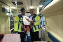 تولد نوزاد عجول گنابادی در آمبولانس