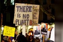 برپایی تظاهرات «ترامپ به سوئیس نیا»+ تصاویر
