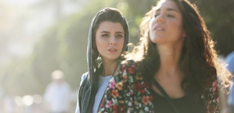 لیلا حاتمی با ظاهری متفاوت در اسپانیا + عکس