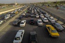 ترافیک در محورهای مواصلاتی قم پرحجم و روان است