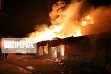 مرد شیروانی در آتش خانهباغ سوخت