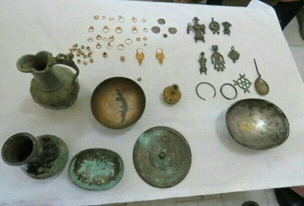 ۴۰ قطعه اشیای تاریخی در گنبدکاووس کشف شد
