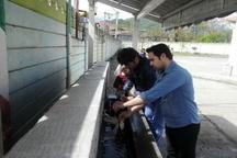اجرای طرح پایش کیفیت منابع تامین آب مدارس روستایی آستارا