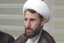 امام خمینی(ره) از روز اول تا آخر قیام حتی یک لحظه دست به سلاح  نبرد