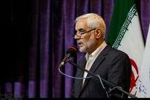 استاندار اصفهان: بانک ها باید به کمک واحدهای تولیدی بیایند