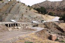 جاده لومار به روستاهای چم جنگل و چم شیر بسته شد