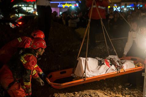 فوت کارگر 28 ساله بر اثر ریزش چاه در خیابان پاکستان تهران