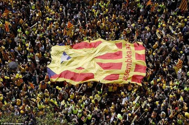 عکس/ تظاهرات جدایی طلبان کاتالونیا در حمایت از رهبران در حبس