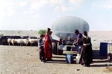 روزانه 600 مترمکعب آب شرب بین عشایر شمال کرمان توزیع می شود