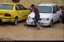 کارگران بیکار شده ناشی از سیل در فارس مقرری دریافت می کنند