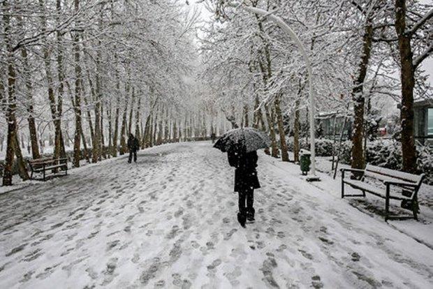 برف نواحی جنوبی آذربایجان شرقی را فرا می گیرد