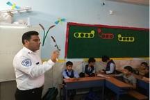 دانش آموزان میاندوآبی با اصول کمک های اولیه آشنا شدند