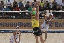 ورزشکاران گلستانی نقره والیبال ساحلی جهان را کسب کردند