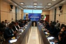 تفاهمنامه همکاری بین اتاق های بازرگانی البرزو خرمشهر منعقدشد