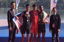 مدال برنز آسیا بر سینه قایقران نقدهای