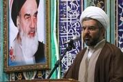 امام جمعه دماوند: باز بودن باب فساد بانکی به علت ضعف قوانین است