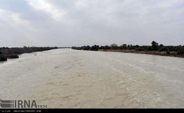 مردم از تردد در حاشیه رودخانه ها اجتناب کنند