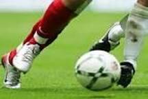 برتری تیم فوتبال استقلال رشت برابر صومعه سرا