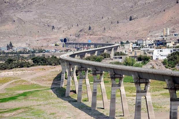 نقش طرح ملی خط آهن قزوین-رشت برای هموار سازی مسیر توسعه کشور