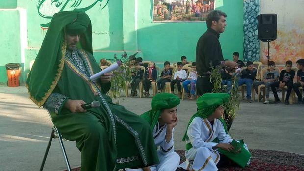 حسینیه سیاهبند بومهن با سفره ساده میزبان عزاداران حسینی است