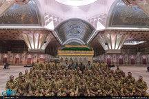 تجدید میثاق جمعی از فرماندهان و سربازان مرکز آموزش شهید اسدی کهریزک با آرمان های امام خمینی(س)