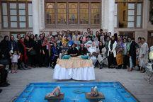 نمایشگاه سفالین مشبک در تبریز گشایش یافت