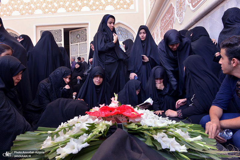 مراسم خاکسپاری پیرغلام اهل بیت(ع) حاج مصطفی طالبی در جوار حرم امام خمینی(س)