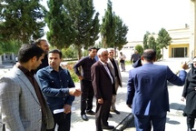 بازدید کامکار از محل برگزاری نمایشگاه هفته پژوهش البرز