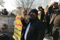 تجمع مالباختگان موسسه مالی و اعتباری آرمان مقابل مجلس شورای اسلامی+ عکس
