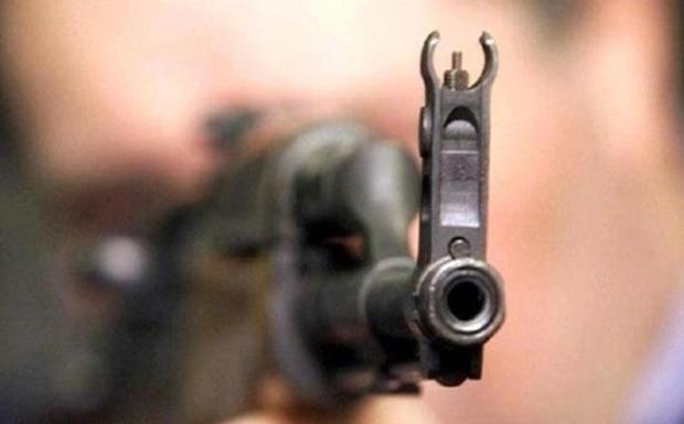 جوان شاهرودی به خاطر اصابت گلوله راهی بیمارستان کرد