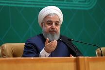 رئیسجمهور روحانی: اگر کسی فکر می کند این دولت در برابر فشار استعفا می دهد، اشتباه می کند/ مقام معظم رهبری فرمودند، مصوبات جلسه سران قوا را همان لحظه ابلاغ کنید/ اولین وظیفه دولت، حمایت مادی و کالایی از قشر ضعیف است