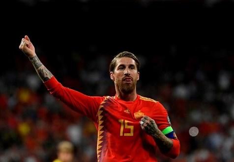 اسپانیا با برد مقابل سوئد صدرنشین ماند