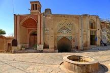 بافت تاریخی شهر نراق تعیین حریم شد  ثروتها را به حسرت تبدیل نکنیم  صیانت از آثار تاریخی با تعیین حریم امکان پذیر میشود