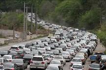 ترافیک در محورهای شرق استان تهران نیمه سنگین است