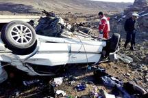 خودروی پژو با هشت سرنشین واژگونی شد