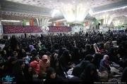 مراسم عزاداری شب بیست و هشتم صفر در حرم امام برگزار شد
