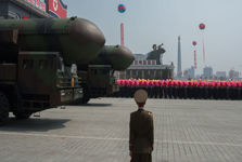 کره شمالی در «چشم به هم زدنی»ناوهای آمریکایی را منهدم می کند