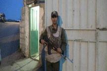 سرباز وظیفه شناس پاسگاه انتظامی پلدختر تشویق می شود