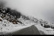 سه محور ورودی استان به دلیل بارش باران و برف مسدود شد