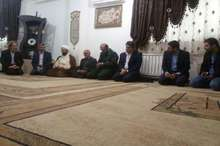 دیدار مشاور فرماندهی نبرد با تکفیریها در سوریه با خانواده شهدای مدافع حرم نکا