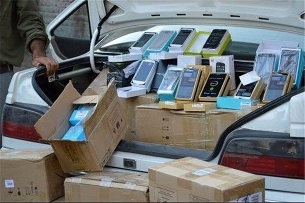680 دستگاه تلفن همراه قاچاق در ملکان کشف شد