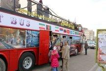 میهمانان از اتوبوس گردشگری زنجان استقبال کردند