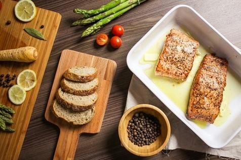 20 ماده غذایی ضروری که همه افراد 45 سال به بالا باید مصرف کنند